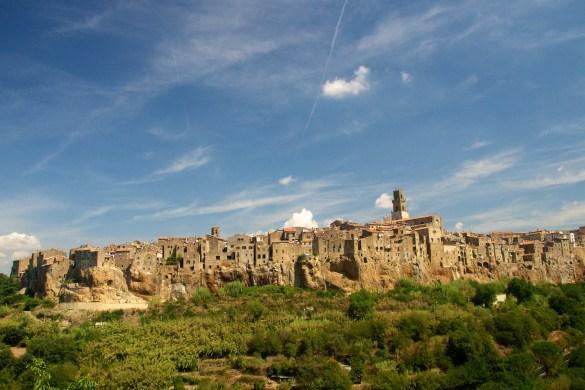 tuscany_town_Pitigliano