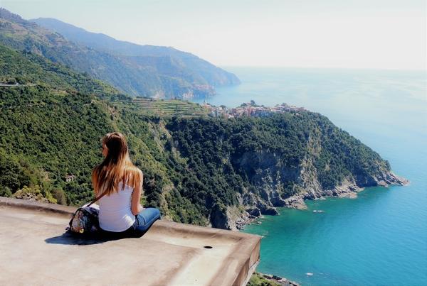Things to do in italy like exploring beautiful vistas