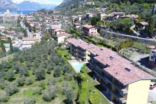 houses for sale in italy lake garda