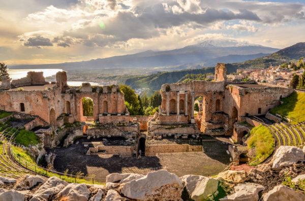 teatro-greco-taormina-sicily